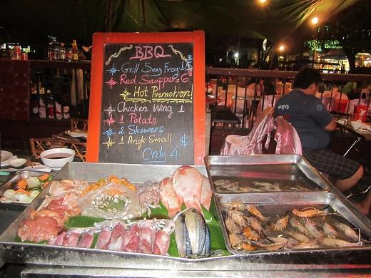 Sehr gut essen kann man auf dem Markt in Siem Reap
