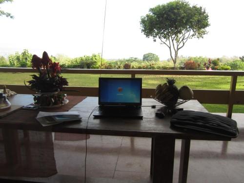 mein Arbeitsplatz im Malasag House