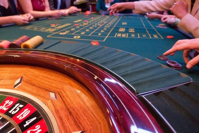 Casino-Tisch mitten im Spiel